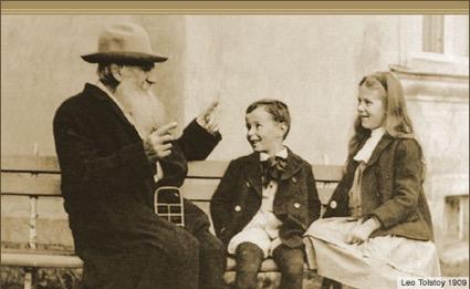 Lev Tolstoi con niños de su escuela en Yasnaia Poliana